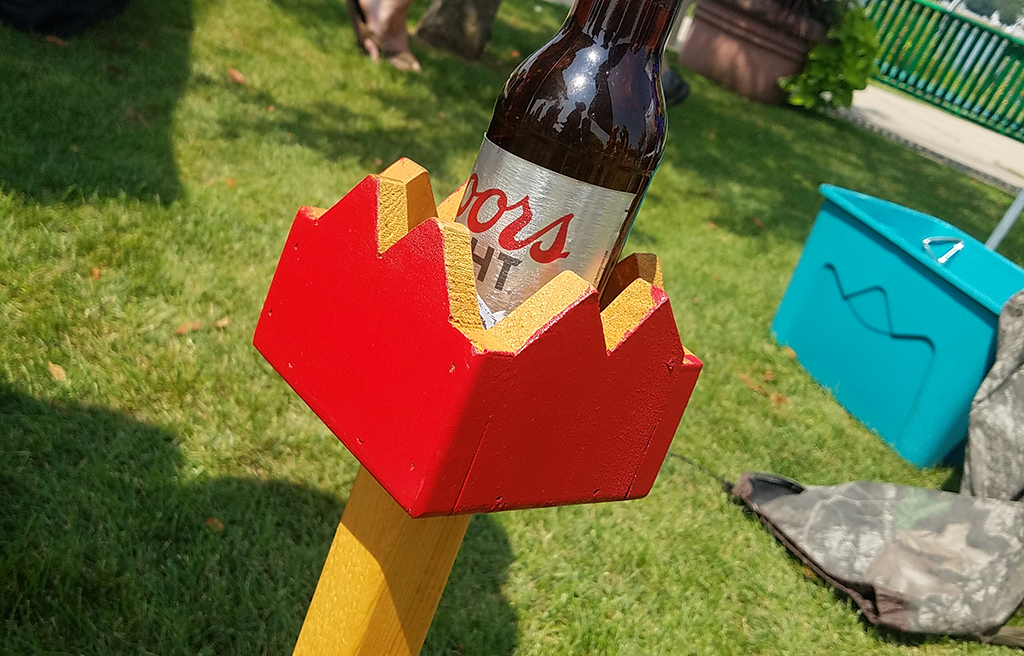 Drink holder at US Kubb Open