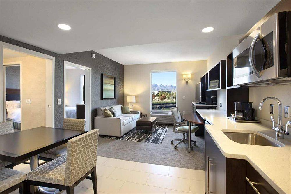 Home2 Suite extended stay hotel