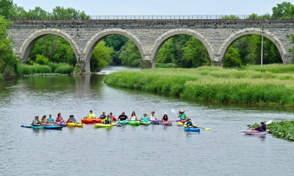 Paddling and kayaking in Beloit with Paddle Adventure Club